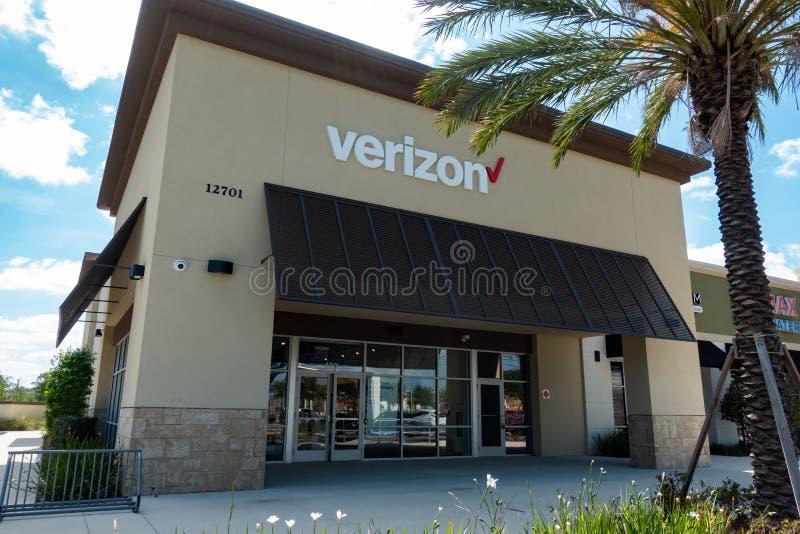 Verizon Wireless är ett amerikanskt telekommunikationföretag arkivbilder