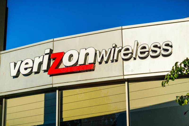 Verizon Wireless logo royaltyfri foto