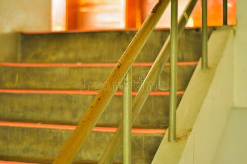 Verja y escaleras fotografía de archivo