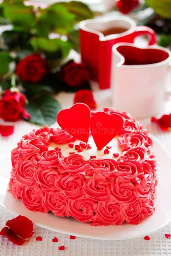 Verjaardagscake voor de Dag van Valentine royalty-vrije stock foto's