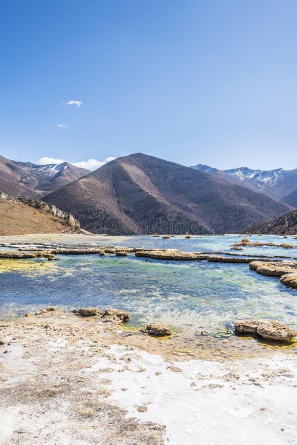 Verkalkter Teich Quanhua Sonnenbräune lizenzfreie stockfotografie