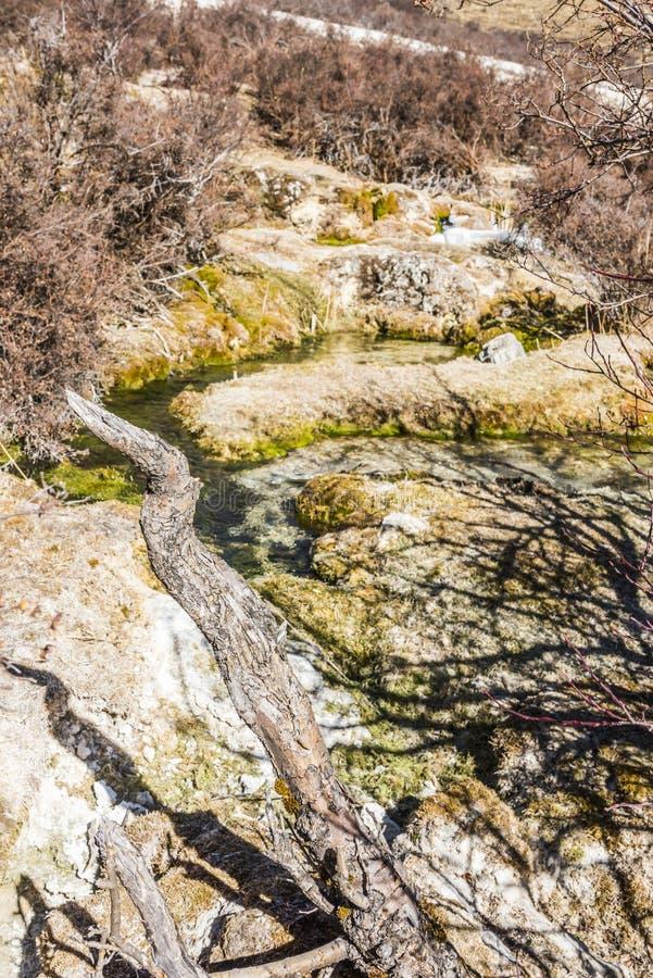 Verkalkter Teich Quanhua Sonnenbräune lizenzfreie stockfotos