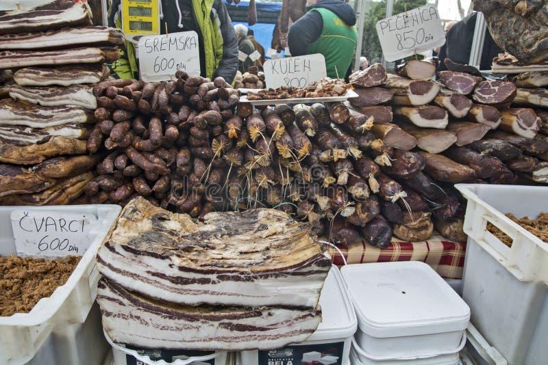 Verkauf des getrockneten und geräucherten Fleisches lizenzfreies stockfoto