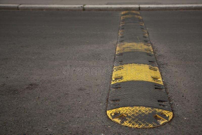 Verkeersdrempel stock afbeeldingen