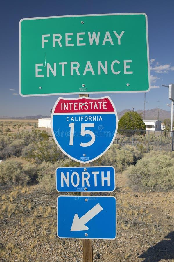 Verkeersteken 15 die Tusen staten van de V.S. Las Vegas, NV verlaten royalty-vrije stock foto