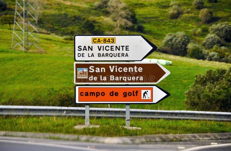 Verkeersteken op de Spaanse weg royalty-vrije stock afbeeldingen