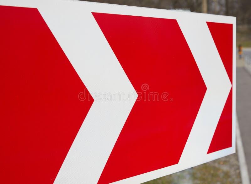 Verkehrsschilder, welche die Bewegungsrichtung zeigen vektor abbildung