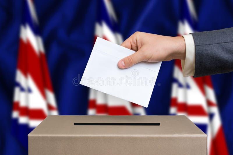 Verkiezing in Verenigd Koninkrijk die - bij de stembus het stemmen stock afbeelding