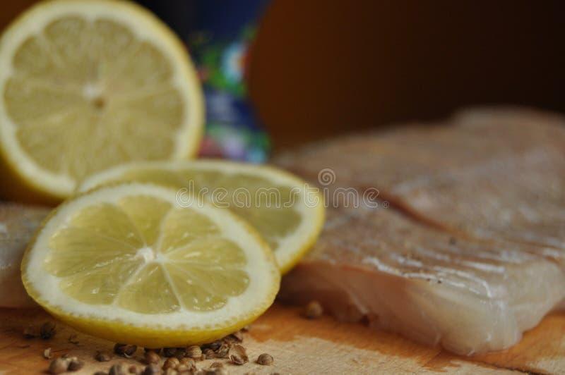 Verkleidung der Fische Teller, Hauptgericht Schnellimbiß lizenzfreie stockbilder