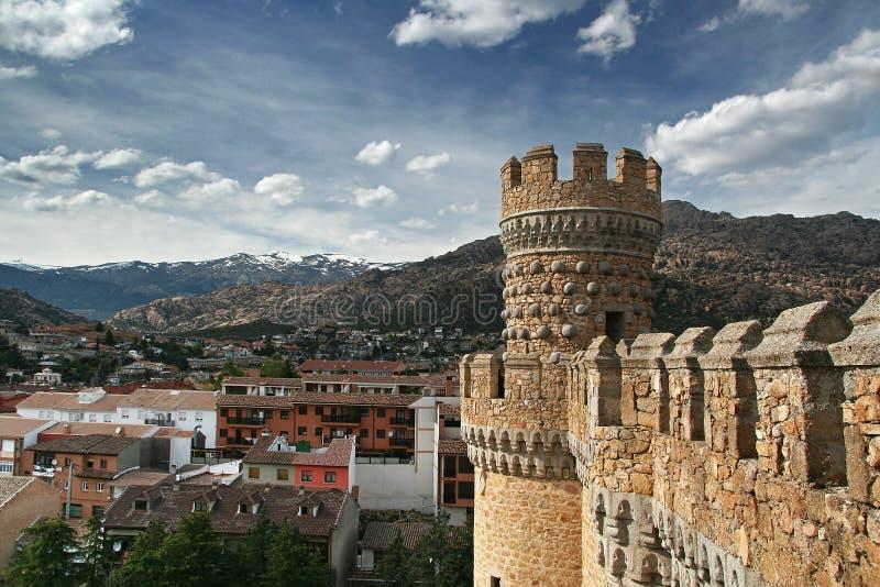 verkligt spain torn för slottel manzanares royaltyfri bild