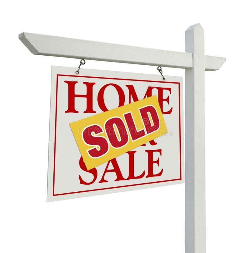 Verkocht Huis voor het Teken van de Onroerende goederen van de Verkoop Op Wit stock foto