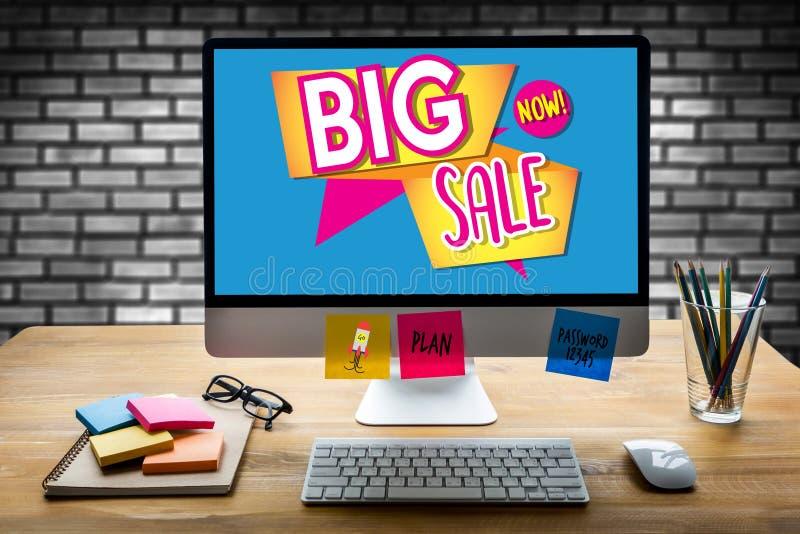 VERKOOP en van de Verkoopkorting de Mens van de Bevorderingsconclusie Planning, verkoop n stock fotografie