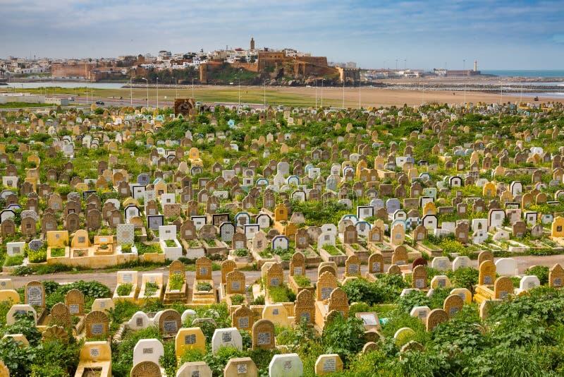 Verkoop, Marokko - Maart 06, 2017: Arabische Begraafplaats in Verkoop, Marokko royalty-vrije stock afbeeldingen