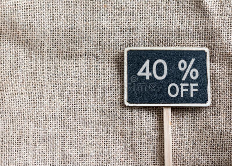 Verkoop 40 percenten van het trekken op bord stock fotografie