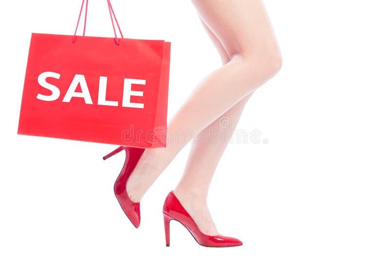 Verkoopconcept voor sexy vrouwenschoenen stock afbeeldingen