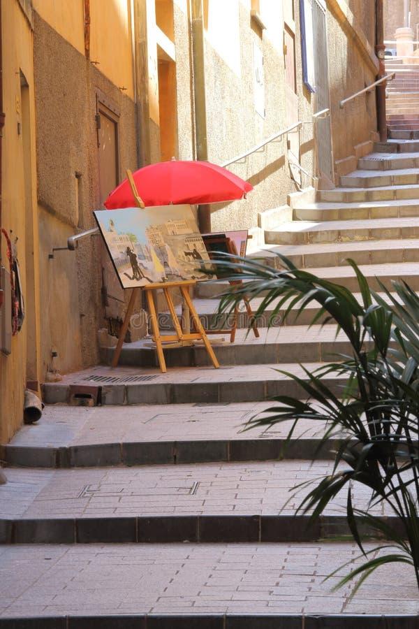 Verkopende schilderijen, treden aan Kasteelheuvel in Nice, Frankrijk royalty-vrije stock foto