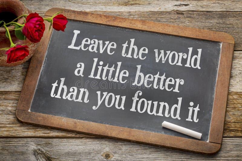 Verlaat de wereld een weinig op bord beter stock afbeelding