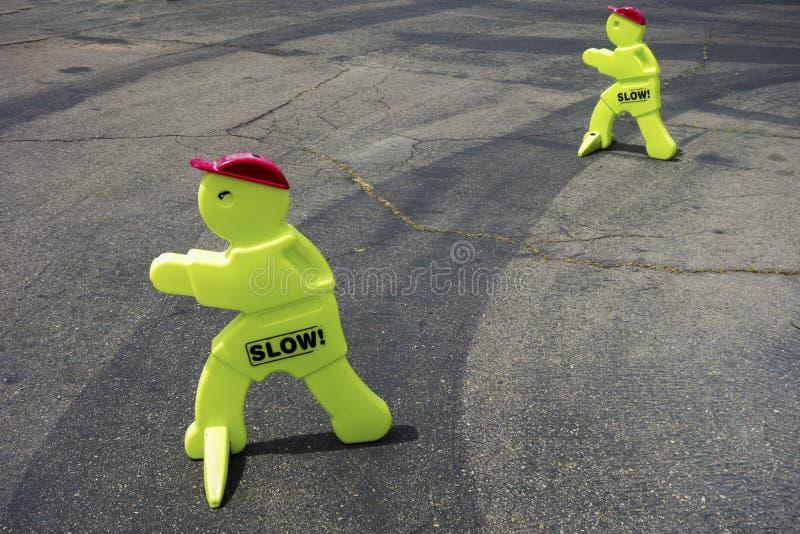 Verlangsamungs-Geschwindigkeits-Verkehrssteuerung stockfotos