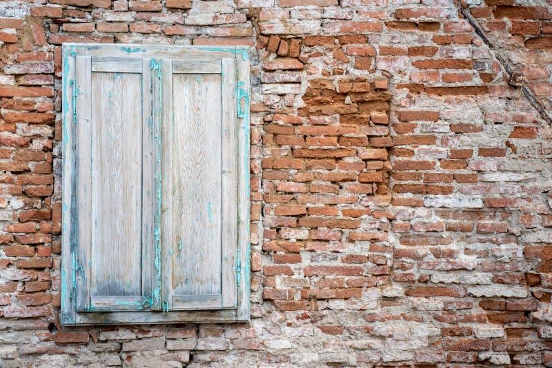 Verlassene Architektur, altes Haus im Bezirk Sibiu, Siebenbürgen stockbilder