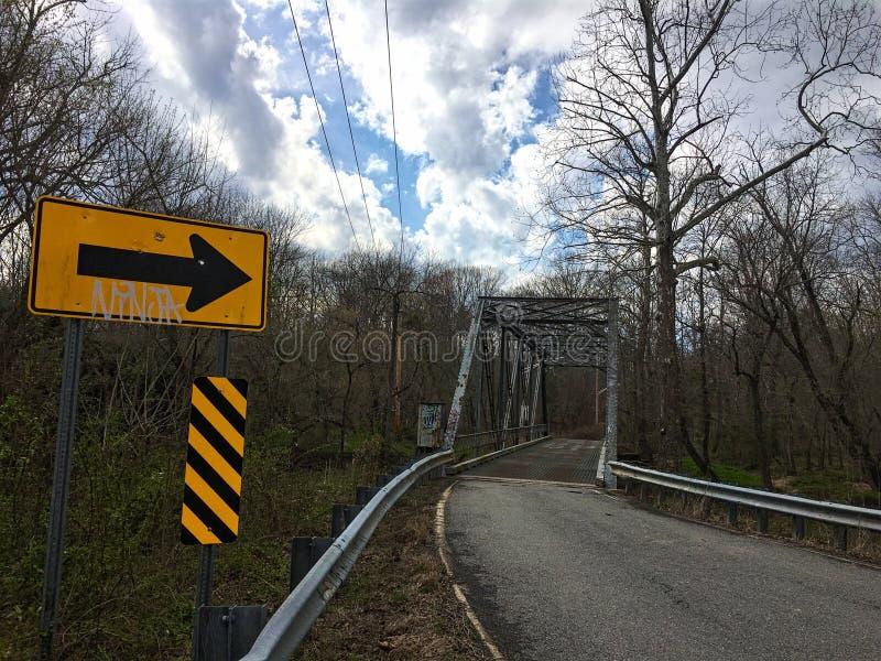 Verlassene Brücke stockfoto