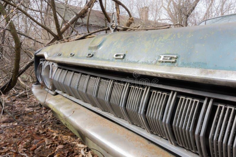 Verlassene Dodge-Krone lizenzfreie stockfotos