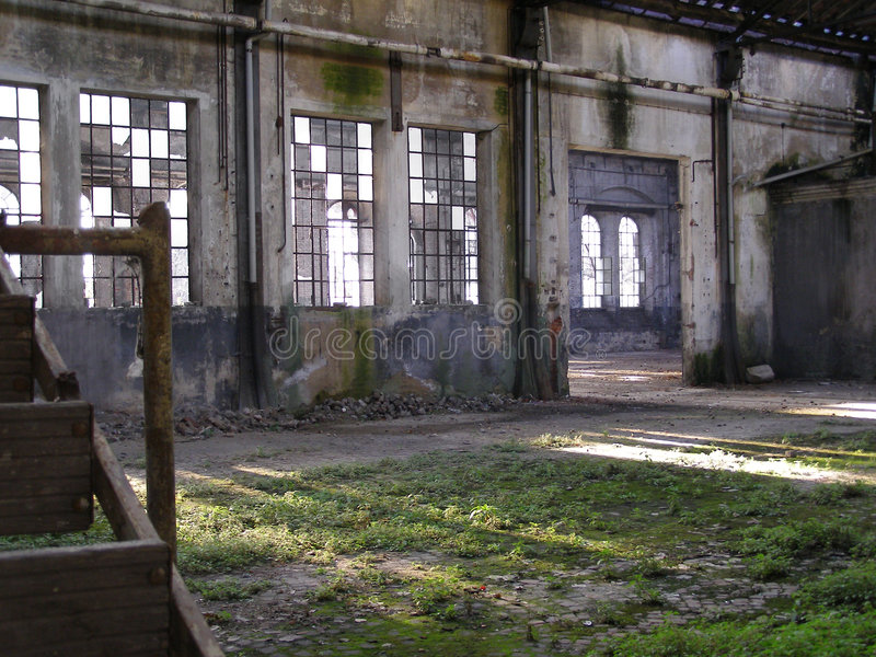 Verlassene Fabrikruinen stockbilder