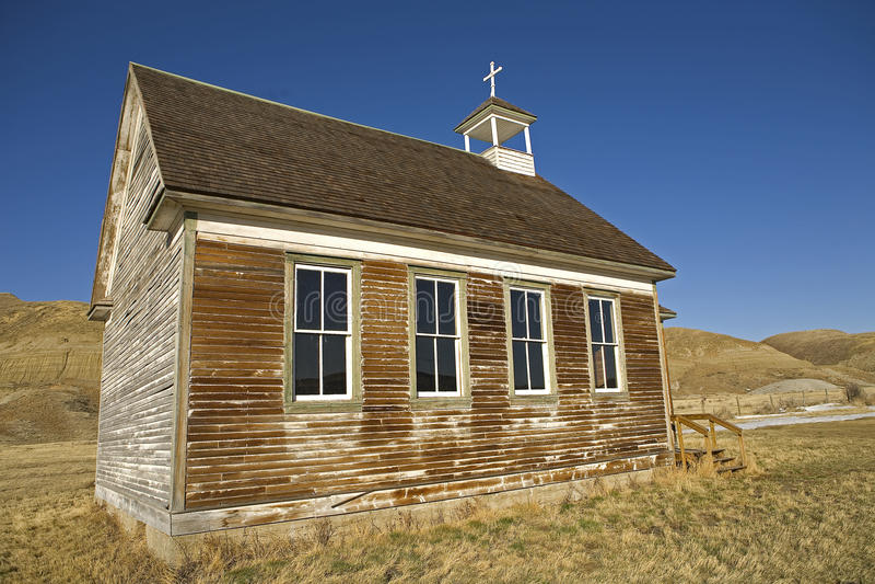 Verlassene Kirche in den Ödländern stockfoto