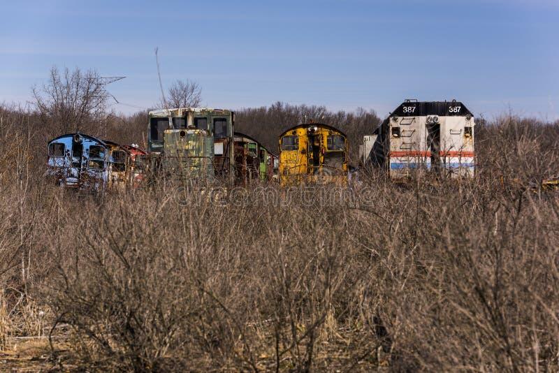 Verlassene Lokomotive - Zug - Ohio lizenzfreies stockfoto