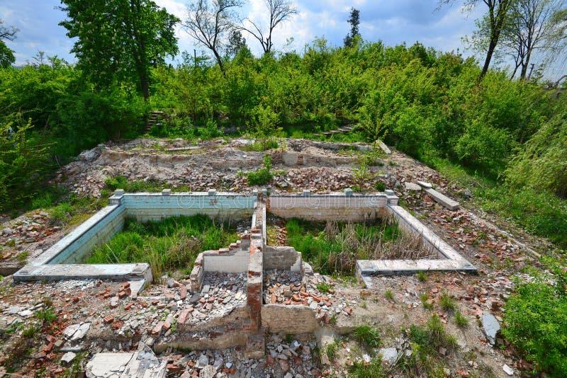 Verlassene Paare Pools von den Someseni-Bädern nahe Klausenburg lizenzfreies stockbild