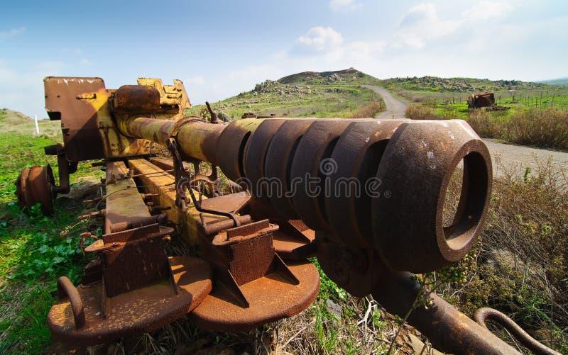 Verlassene syrische Gewehr auf Golanhöhen lizenzfreies stockfoto