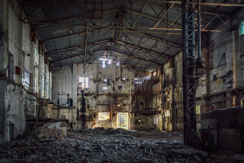 Verlassene und ruinierte Zuckerfabrik in niedrigerem Kislyay, Voronezh-Region lizenzfreies stockbild