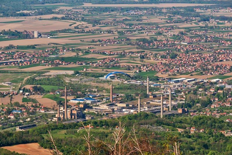 Verlassene und zerstörte große Fabrik in Loznica, Serbien lizenzfreie stockfotografie