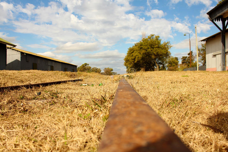 Verlassene Zugeisenbahnen stockfotos