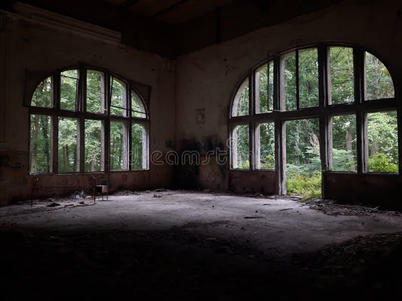 Verlassener Raum stockfotografie