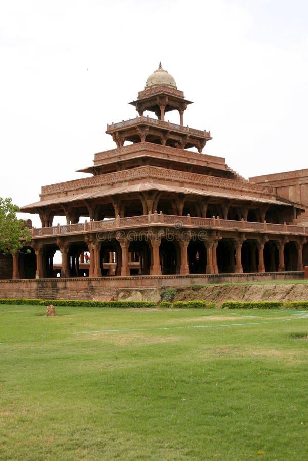 Verlassener Tempel Fatehpur Sikri im Komplex, Indien lizenzfreies stockbild