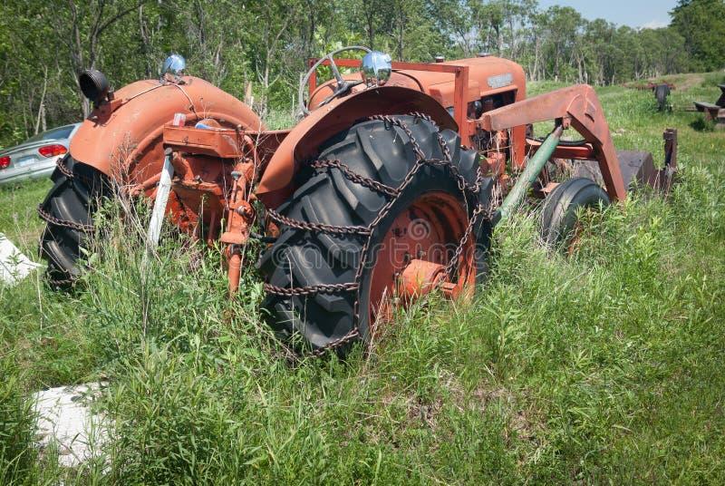 Verlassener Traktor lizenzfreies stockbild