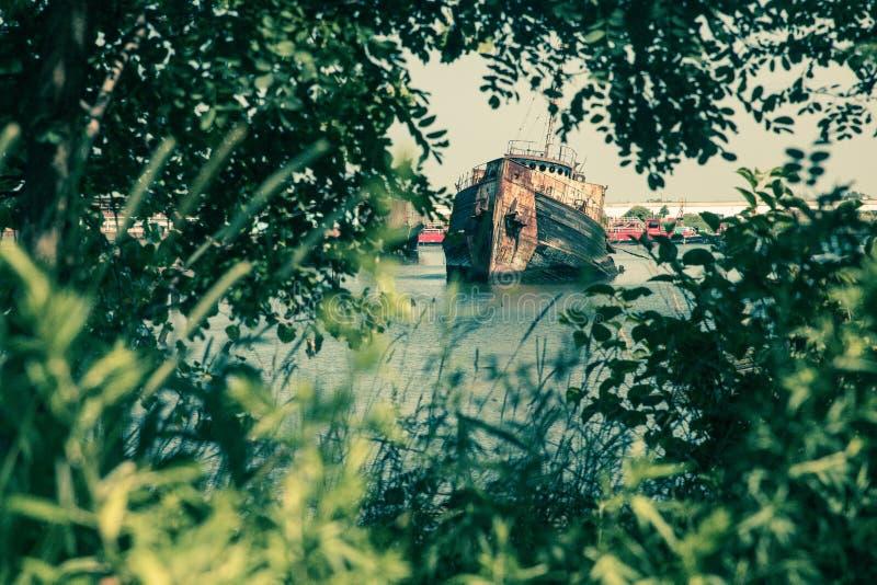 Verlassenes Boot in Staten Island New York City, lizenzfreie stockfotografie