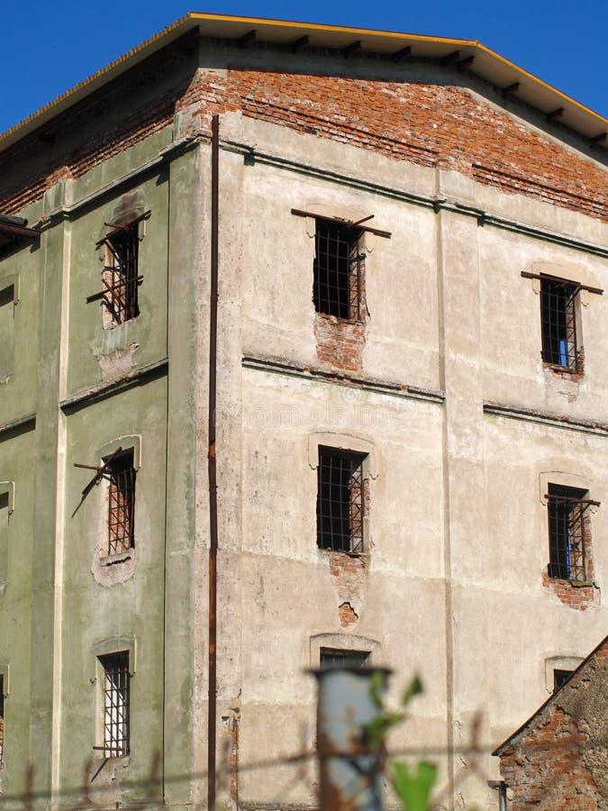 Verlassenes Gefängnis lizenzfreie stockbilder