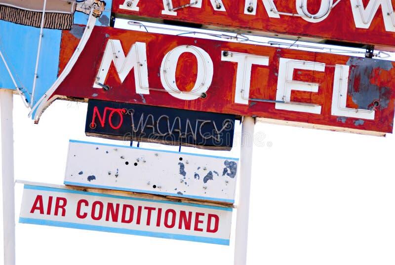 Verlassenes Motel-Zeichen des Weg-66 stockbild