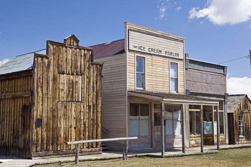 Verlaten Amerikaanse spookstad in de westelijke V.S. stock fotografie