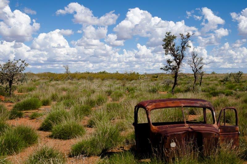 Verlaten auto - Australië stock foto's
