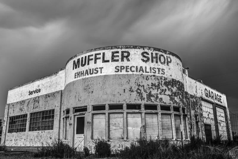 Verlaten Autowinkel op Historisch Route 66 in Holbrook, Arizona de V.S. stock afbeelding