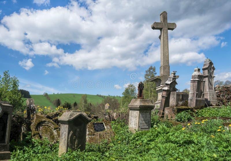 Verlaten Begraafplaats royalty-vrije stock foto's