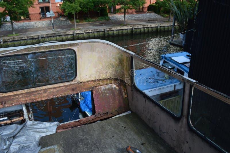 Verlaten bus stock afbeelding