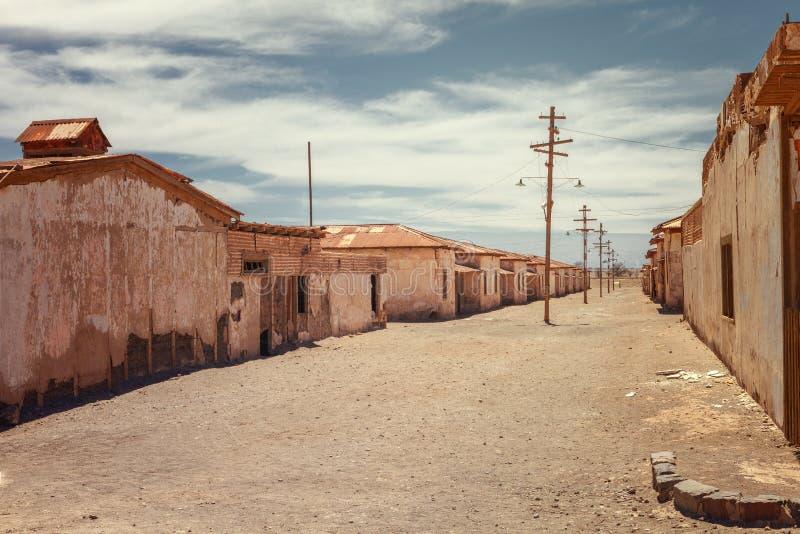 Verlaten die huizen van een straat in de salpeter Humbersto wordt verlaten royalty-vrije stock afbeelding