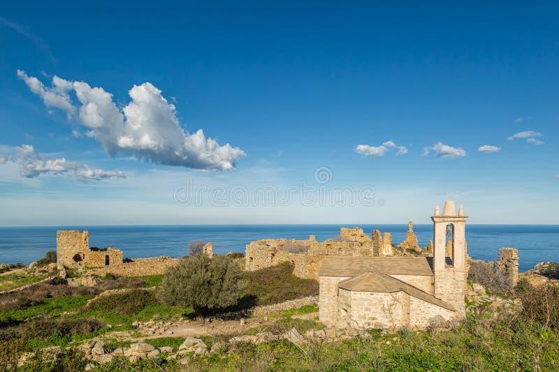 Verlaten dorp van Occi dichtbij Lumio in Corsica stock afbeeldingen
