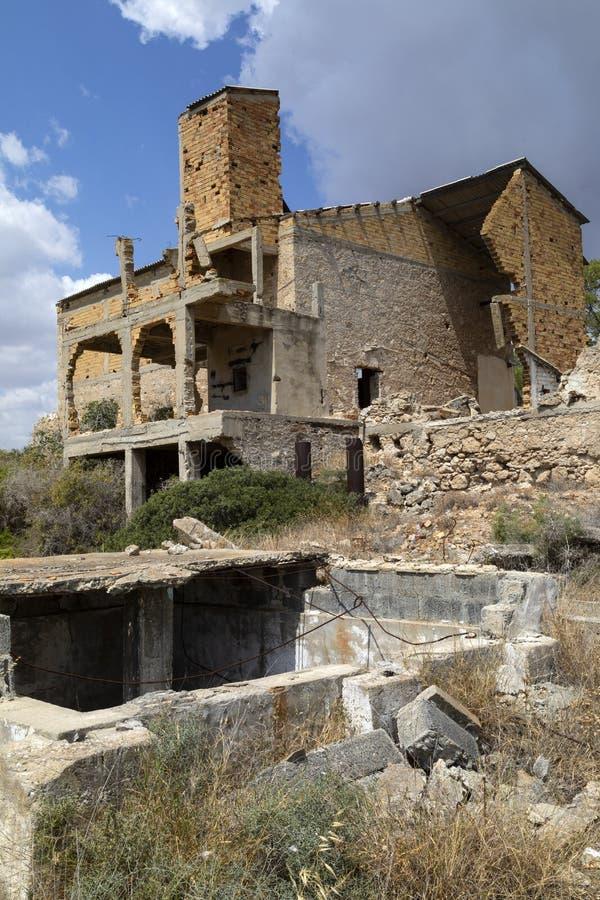 Verlaten gebouwen - Famagusta - Turks Cyprus royalty-vrije stock fotografie
