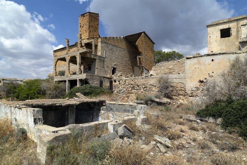 Verlaten gebouwen in Famagusta - Turks Cyprus royalty-vrije stock foto's
