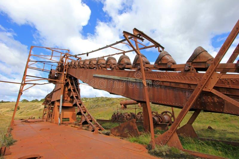 Verlaten gouden baggermachine, Tierra Del Fuego, Chili stock fotografie