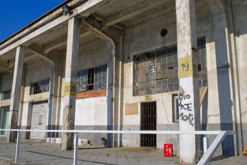 Verlaten haven in Belgrado stock afbeelding